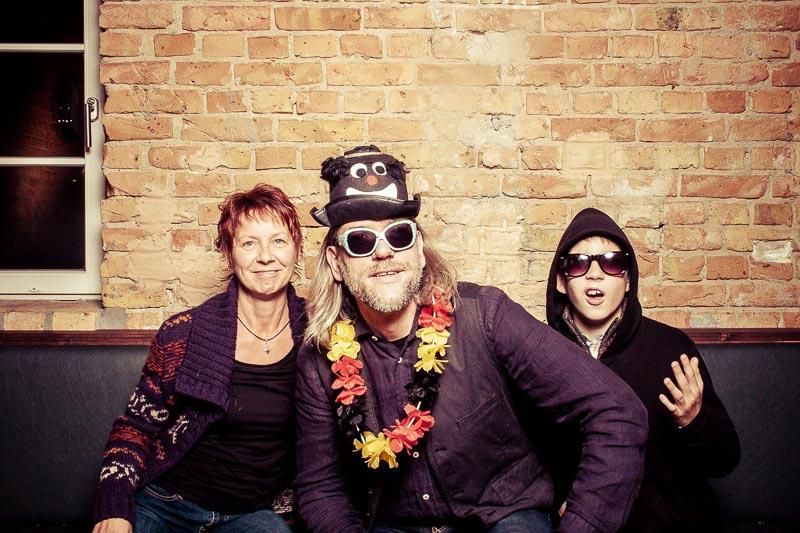 lustiges Familien Photo Booth Bild